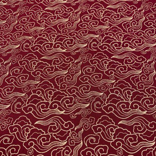 Wine 100/% cotton Wave Metallic fabric 2293-12 The Craft Cotton Co