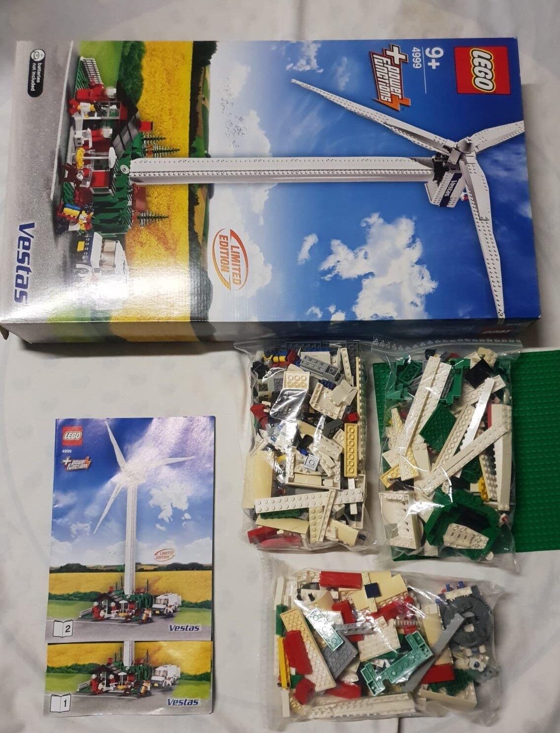Lego 4999 Vestas Wind Turbine