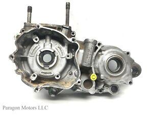 00-2-2000-Kawasaki-KX250-KX-250-Engine-LEFT-LH-Crank-Case-Bottom-End-Tranny