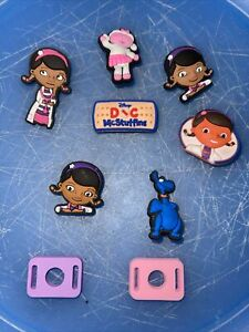 Doc-Mcstuffins-Lot-Of-7-Shoe-Bracelet-Lace-Adapter-Charms-2-Lace-Adapters