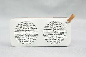 JVC Bianco & Colore Bronzo Altoparlante Bluetooth Wireless Portatile modello SP-AD60-M