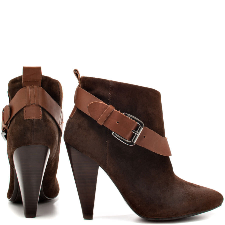 GUESS!! NEW WOMEN'S CAROLYN SUEDE ANKLE BOOTIES (RED , BROWN, GRAY)