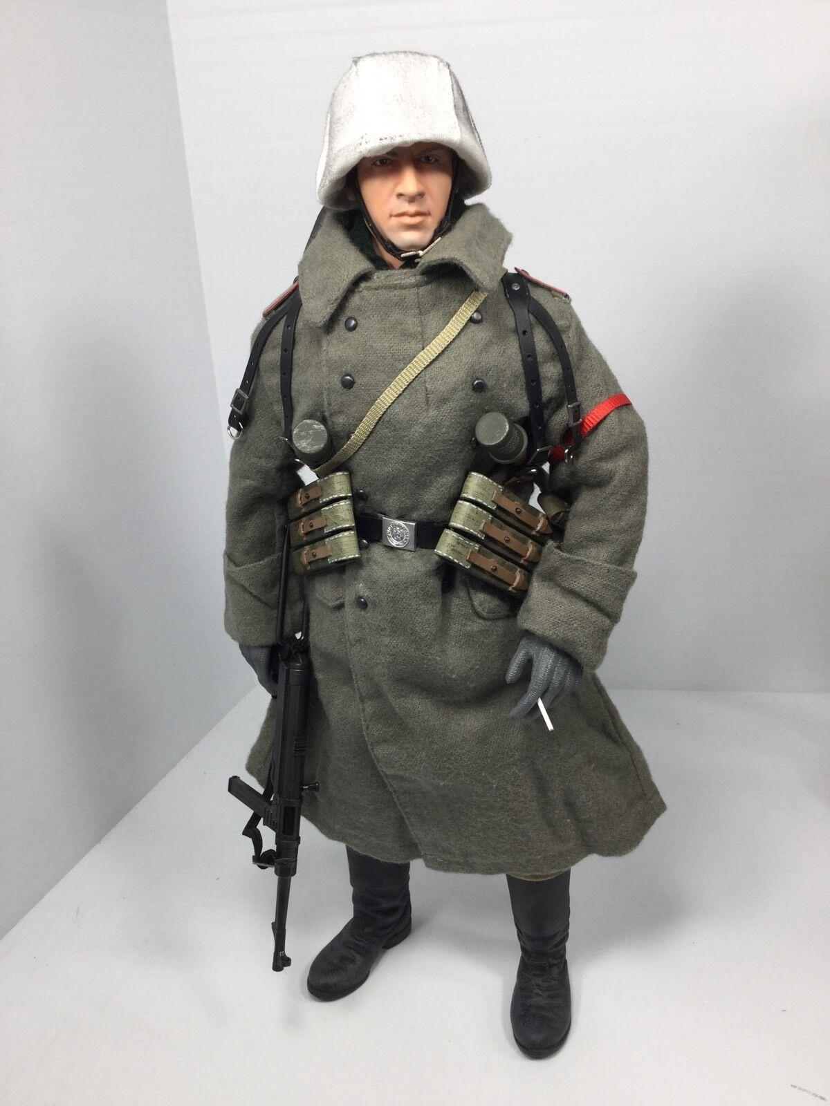 16 DRAGON GERuomo WEHRMACHT 6TH ARMY STALINGRAD MP40 WINTER GEAR BBI DID WW2