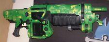 Gears of War Retro Lancer Electric Green