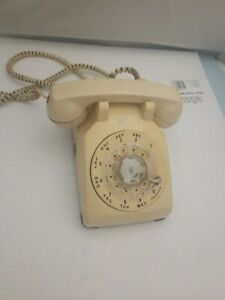 vintage-Western-Electric-Bell-System-Rotary-Dial-Telephone