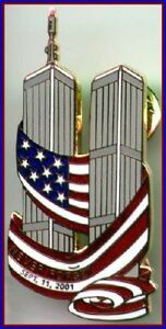 NEVER-FORGET-9-11-01-Twin-Towers-with-USA-Flag-WTC-PIN-1-911-Tribute-Memorial