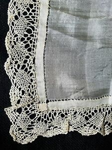 A12 Vintage Lace Silk Hanky Hankies Bridal Wedding Baptismal Christening