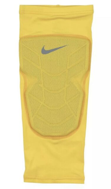d74809b6e8 Nike Pro Combat Hyperstrong Basketball Elbow Sleeve Yellow Gray SZ L 629884 -750