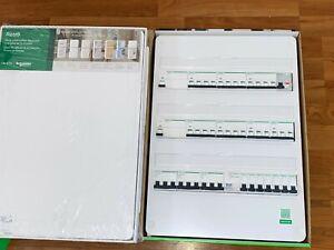 Armoire-coffret-tableau-electrique-Schneider-230-380V-VALEUR-2500-NEUF