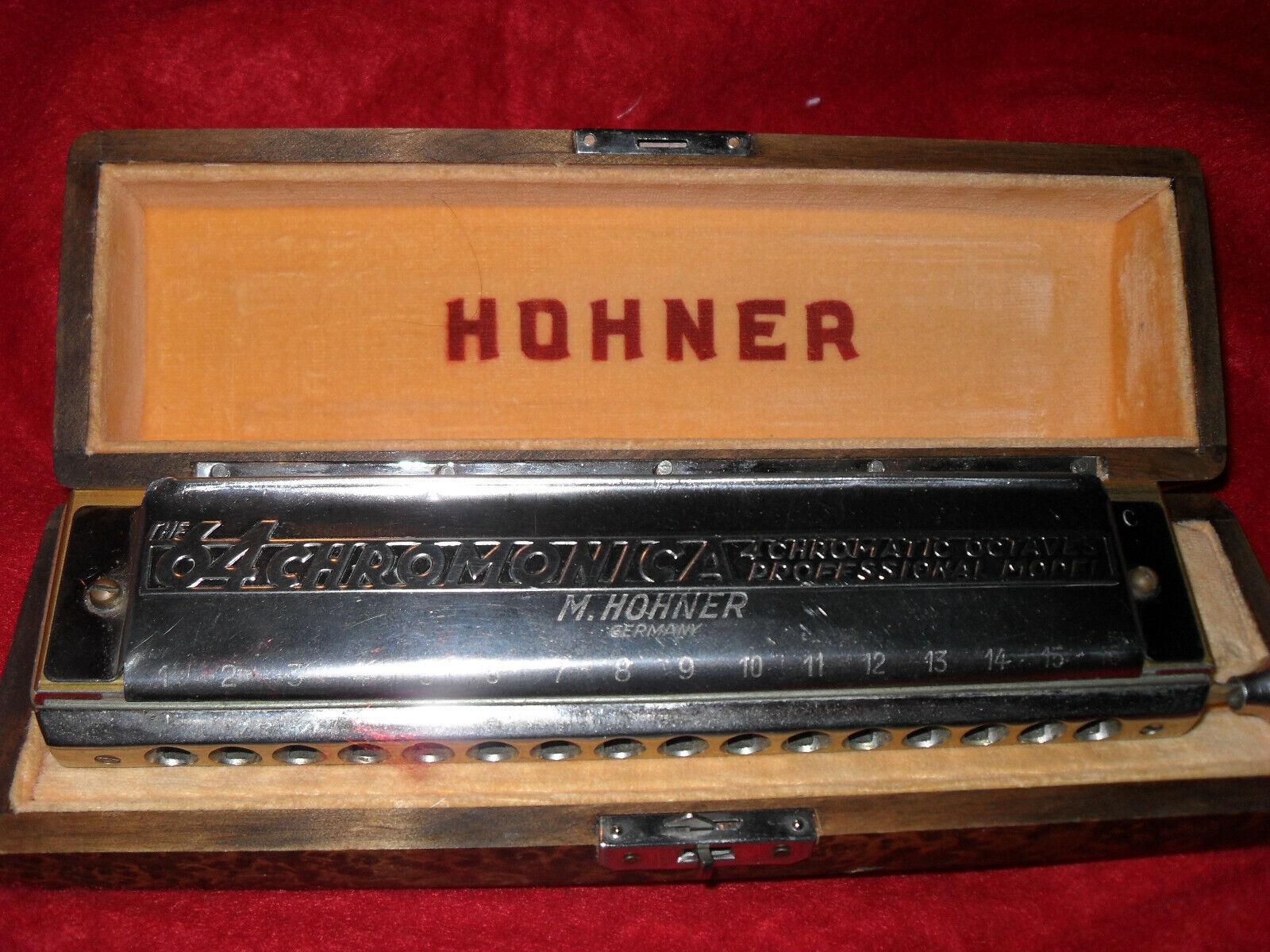 Hohner  64 CHROMONICA Type 280 im original Nußbaum Schachtel.
