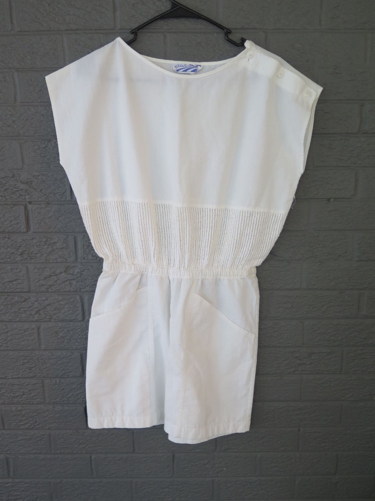 VTG 1980S WHITE OCEAN SCENE SHORT ROMPER OFF SHOULDER BUTTON SIZE SMALL S