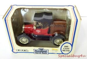 AB1-ERTL-1918-Ford-Model-034-T-034-Runabout-True-Value-Hardware-Die-Cast-Metal-Bank