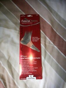 MUELLER-RELIEF-SPORTS-MUSCLE-STRAIN-SUPPORT-WITH-TAGS-NEW-CONDITION