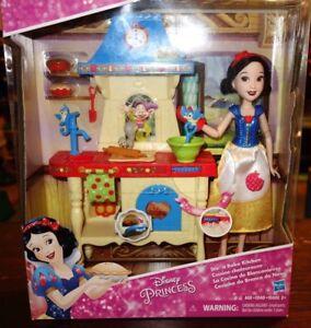 Hasbro-Disney-Princess-Stir-039-n-Bake-Kitchen-Play-Set-with-Doll-Snow-White