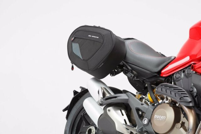 Kit Sacoches latérales BLAZE version haute Ducati Monster 821, 1200 / S (14-)
