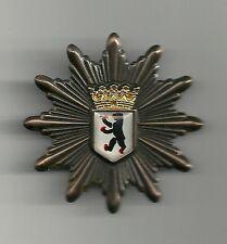 MÜTZENSTERN Polizei  BERLIN  Abzeichen  '90er  Stern Metall-Mützen-Abzeichen