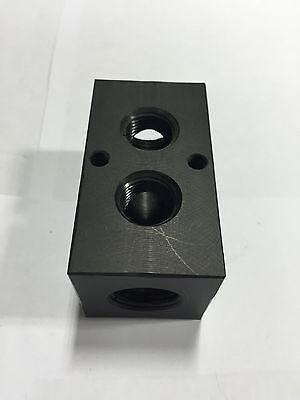 F Polypropylene Manifold; 4 outlets; 1//4 Inlet NPT