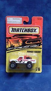 1995-Matchbox-Dunes-Racer-76-Red-White-Black