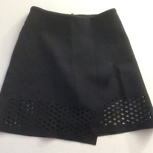 Lululemon-Lab-NY-Edition-Skirt-Black-Neoprene-Size-2-Excellent-Condition-Rare