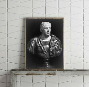 Photograph-of-Vitellius-Aulus-15-69-A-D-Summary-Bust-statue-facing-right-Ro