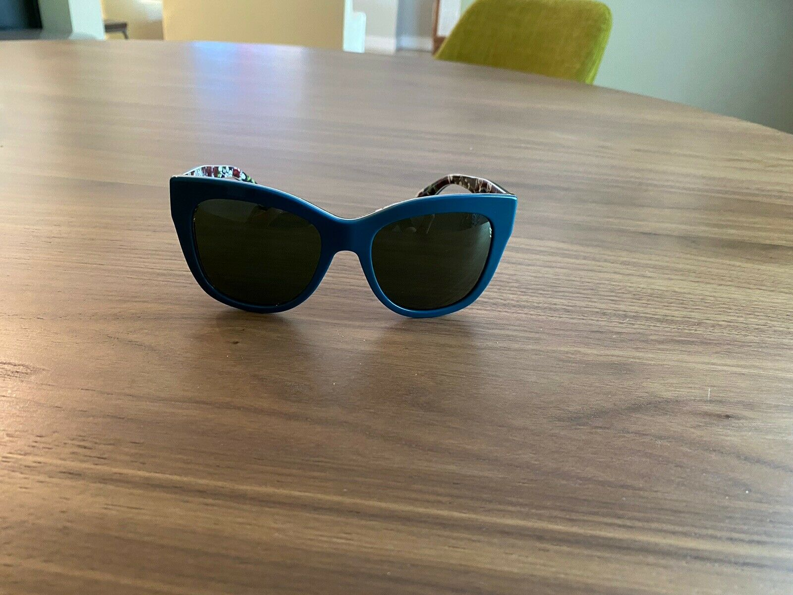 100% Authentic Dolce Gabbana brand new sunglases