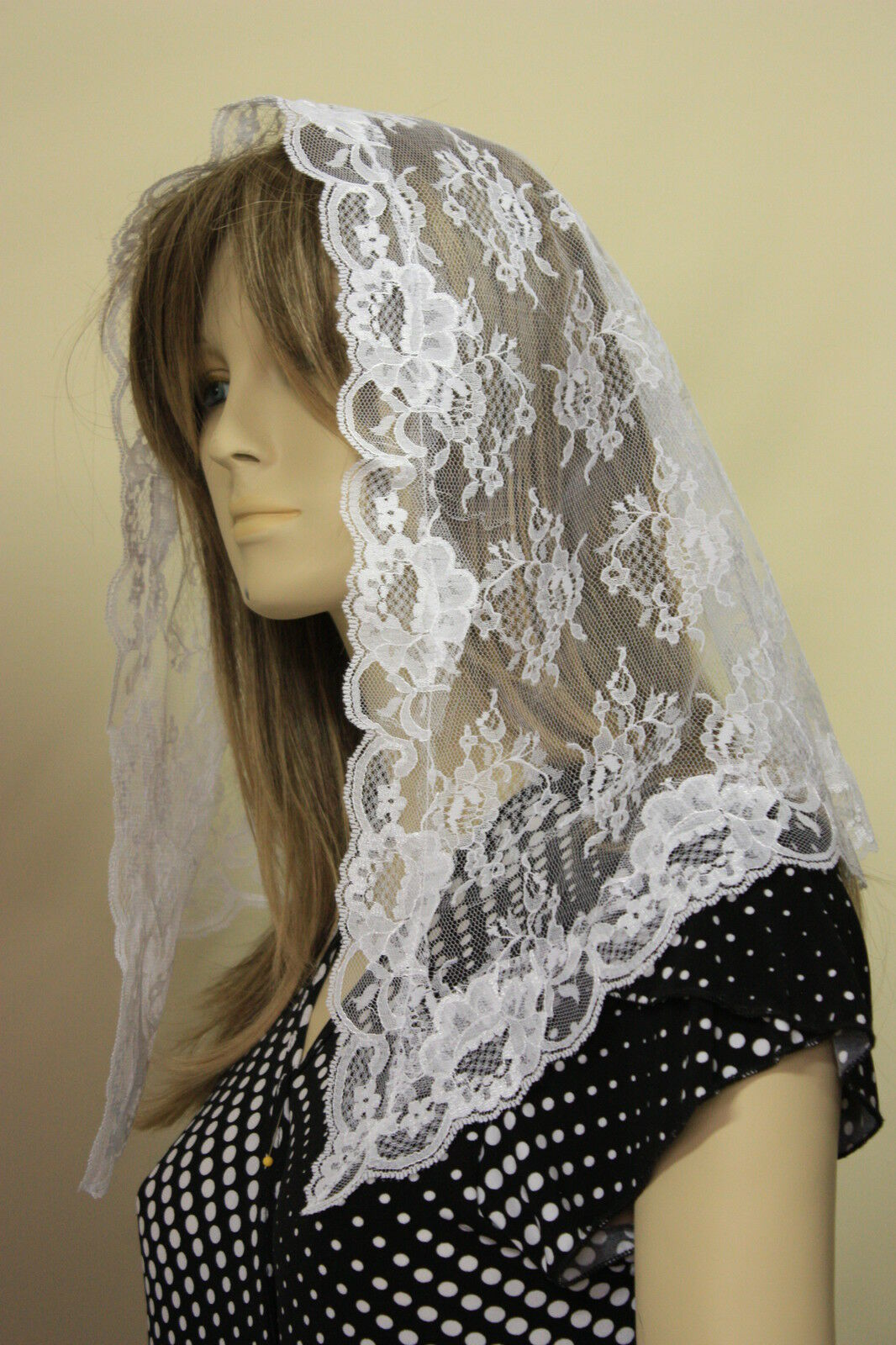 Ivory veils and mantilla Catholic church chapel scarf lace latin mass IVN