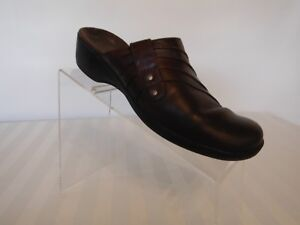 046a42c2fd3 Image is loading Clarks-bendables-brown-leather-slip-on-mules-size-
