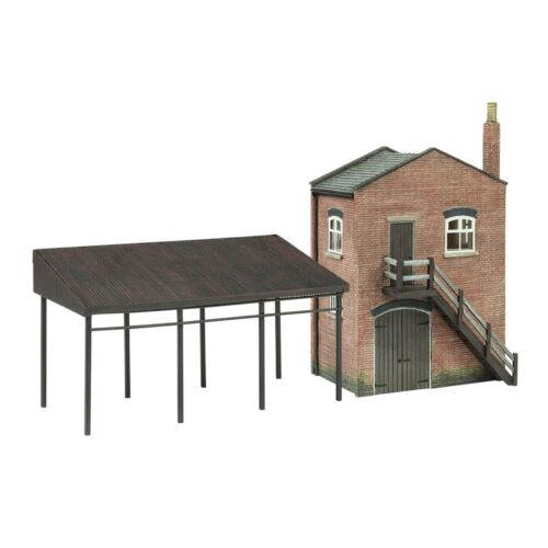 BACHMANN SCENECRAFT  44-0088 OO SCALE Industrial Stores and Canopy