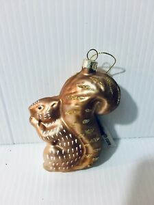 New-Robert-Stanley-Figural-Glass-Squirrel-with-a-Nut-Christmas-Ornament