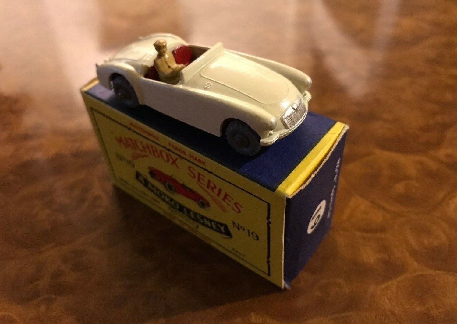 Vintage Matchbox Toys   Mint + Box   MG A Sports Car   Day 1 Beauty   No. 19