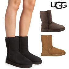 UGG 女士經典短款 II 正品羊毛內襯靴