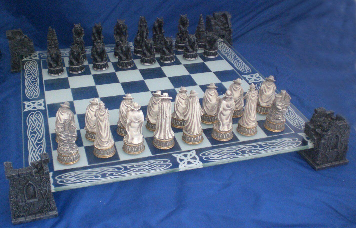 VAMPIRE & WEREWOLF CHESS SET Glass Board GOTHIC PAGAN CELTIC Fantasy TWILIGHT