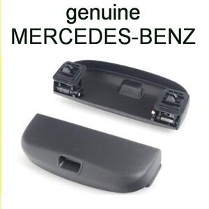 MERCEDES BENZ w204 Sunglass Holder BLACK ORIGINAL