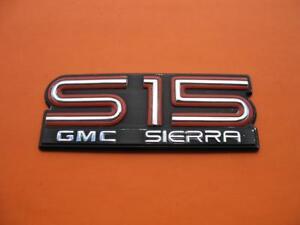 Details about GMC SIERRA S15 SIDE EMBLEM LOGO BADGE SIGN SYMBOL NAME OEM  USED