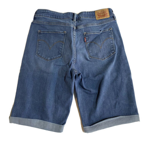Levi Strauss Bermuda Jean Shorts Womens Sz 30 Blue