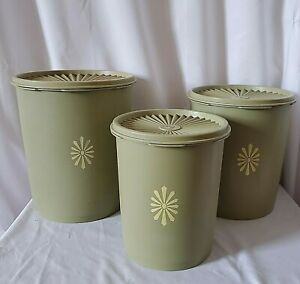 Set-3-Vintage-Tupperware-Servalier-Green-Canisters-with-Lids-805-807-809