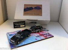 California Dream - Dodge RAM Pick-Up + Volkswagen Beetle sur remorque (1/43)