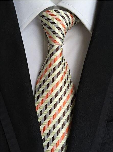 Abundante Regalos Para Hombre Clásico 3d Cuadros Seda Corbatín Amarillo Marrón Naranja Una Gran Variedad De Modelos