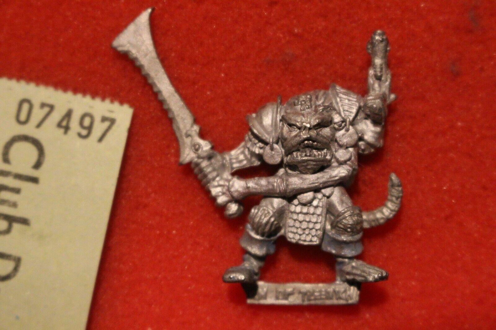 Games Workshop Warhammer Chaos Champion of Tzeentch Citadel Metal Pink Horror