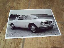 Photo de presse / Press Photograph  ALFA ROMEO Giulia GT 1300 Junior //