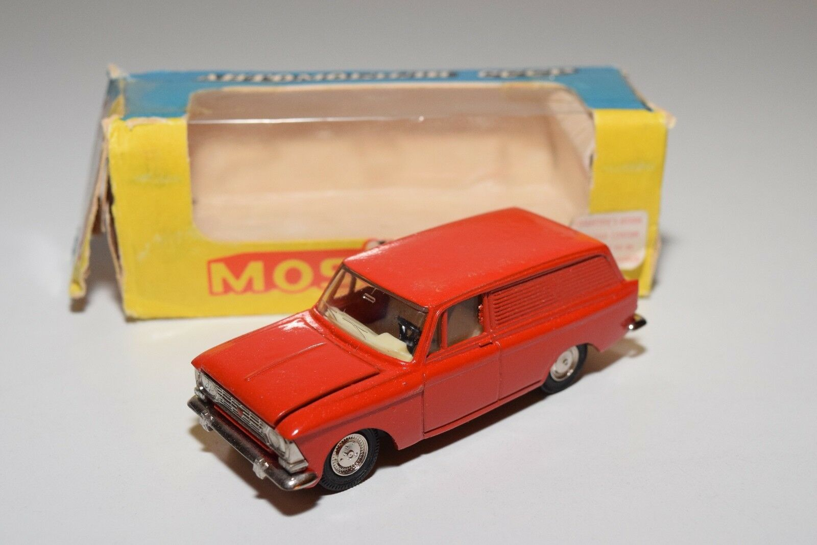 RUSSIAN CAR CCCP NOVOEXPORT USSR MOSKVITCH 433 A5 RED N MINT BOXED RARE SELTEN