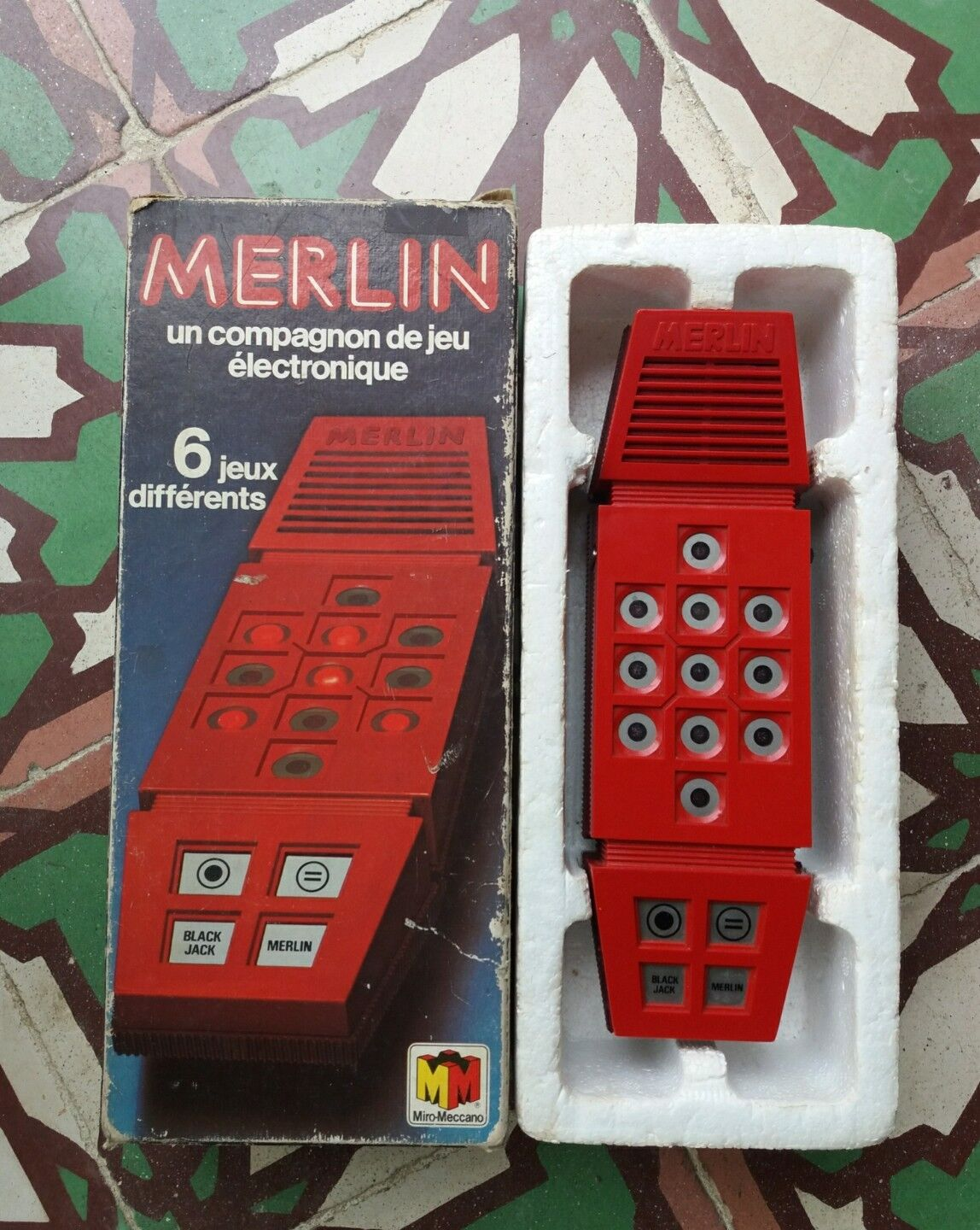 Merlin electronic game vintage miro meccano for collection or circuit bending