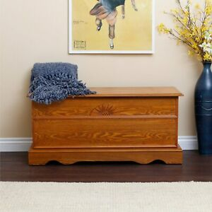 Hope-Cedar-Chest-Wood-Storage-Bench-Trunk-Oak-Finish-Furniture-Bedroom-New