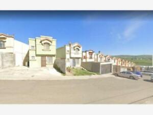 Casa en Venta en Villa Residencial Santa Fe 5a Sección