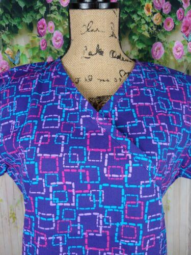 Bonita Scrubs Womens Scrub Top Size Large Purple Squares Mockwrap 2 Pocket S1078
