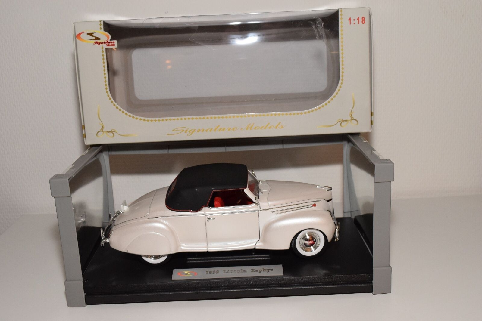 SIGNATURE MODELS LINCOLN ZEPHYR 1939 CREAM MINT BOXED bcd9a8