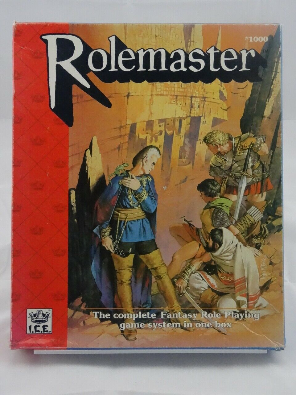 I.C.E. Rolemaster - Box (Arms Law Spell Law ) E003001001