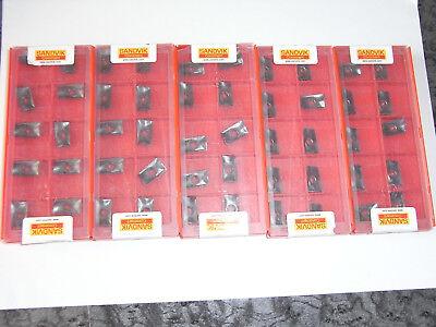 NEU 10 SANDVIK CCMT060204-PM 4215 mit Rechnung Wendeplatten