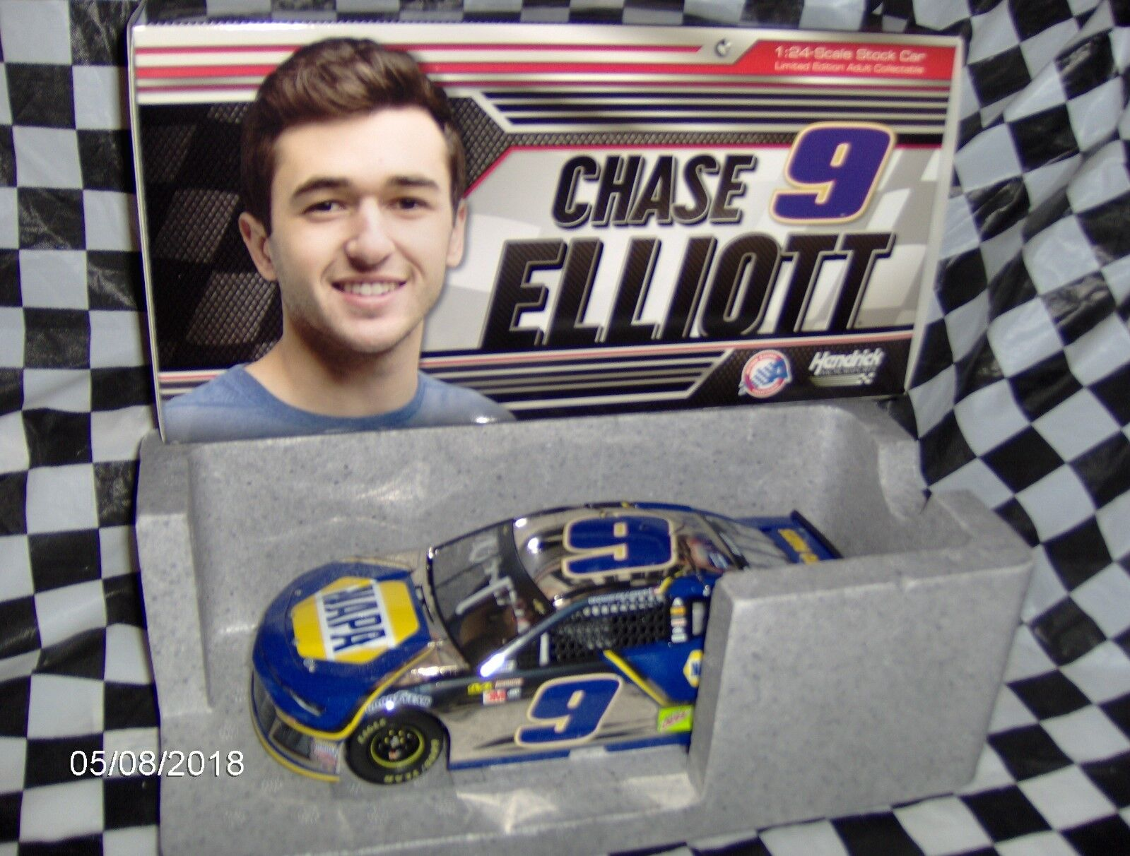 2018 Chase Elliott   9 NAPA Coloree Chrome 1 24th