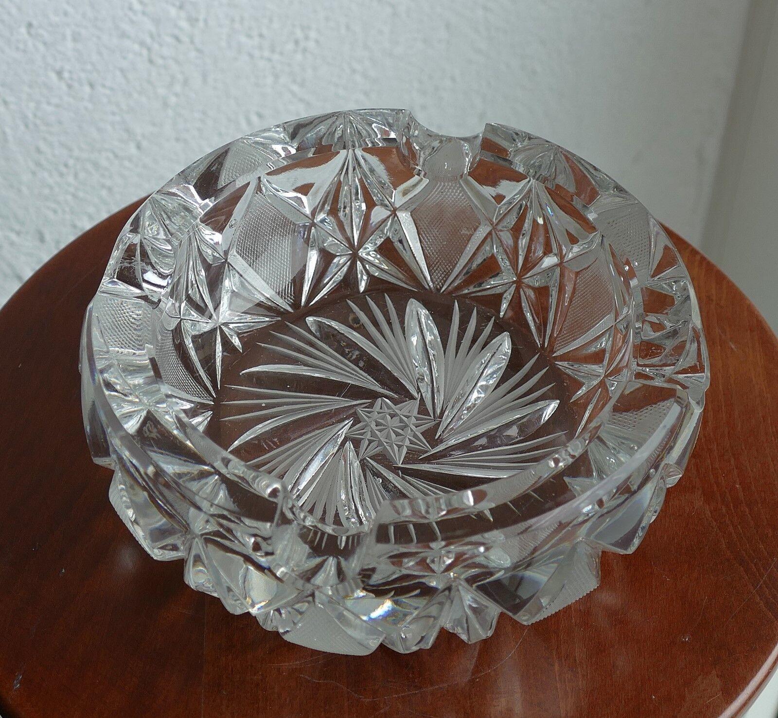 Bleikristall Aschenbecher in schwerer Ausführung - Sternenschliff 1,49 kg   Perfekte Verarbeitung